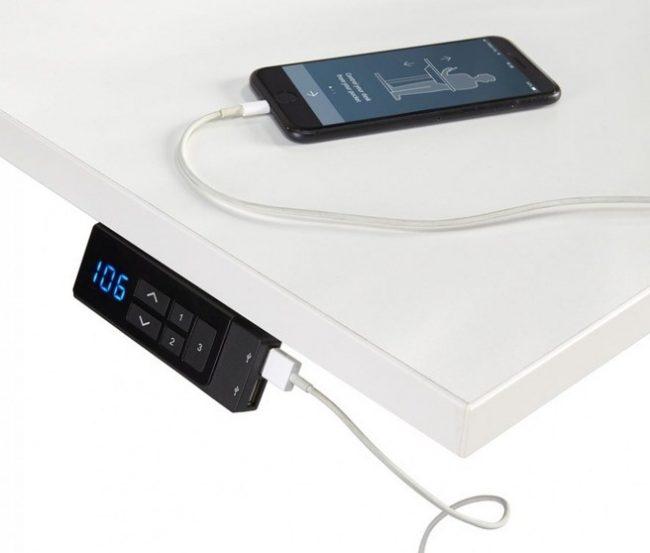 Display van zit sta bureau elektrisch met USB aansluiting